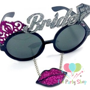Bride with lips sunglass